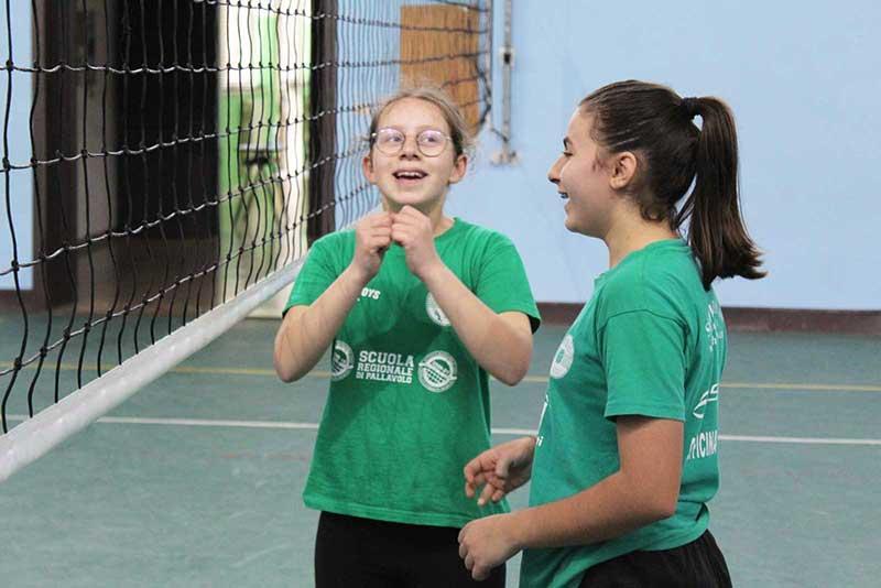 Showy Boys: il settore femminile al centro del programma di formazione della Scuola Volley